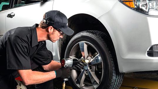 От R13 до R20! Шиномонтаж и балансировка колес в автотехцентре на Дмитровском шоссе! Скидка до 70%!