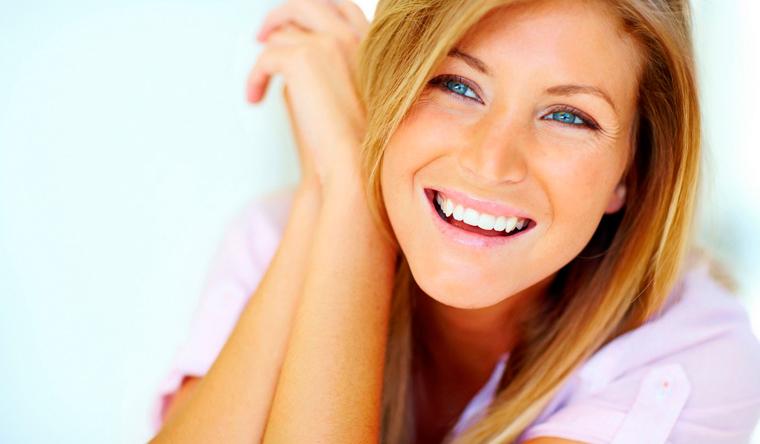 Скидка до 70% на УЗ-чистку, фторирование и полировку зубов в клинике «Хороший стоматолог»