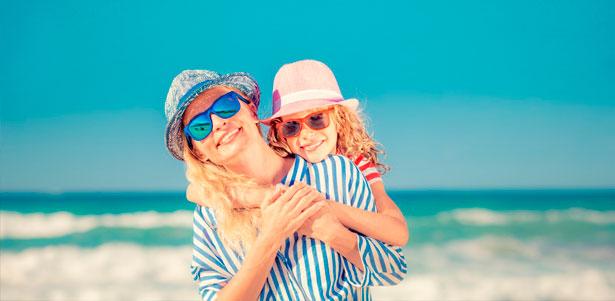 Скидка до 50% на отдых с проживанием и питанием для двоих, троих или четверых в гостинице «Коралл» в Лоо