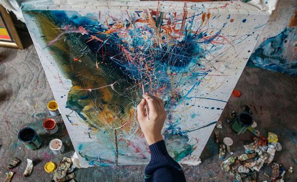Онлайн-курсы от художественной студии «А-ля Прима»: «Академический рисунок карандашом для начинающих», «Кисть и мастихин» и «4 картины акрилом в стиле поп-арт». Скидка 50%