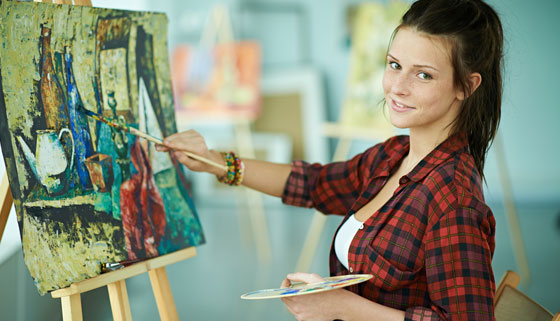 Скидка 50% на онлайн-курсы масляной живописи для начинающих «Кисть и мастихин», «Академический рисунок карандашом для начинающих» и «4 картины акрилом в стиле поп-арт» от художественной студии «А-ля Прима»