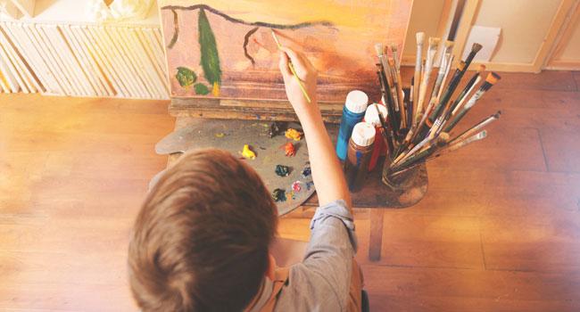 Онлайн-курсы «Академический рисунок карандашом для начинающих», «Кисть и мастихин» и «4 картины акрилом в стиле поп-арт» от художественной студии «А-ля Прима». Скидка 50%