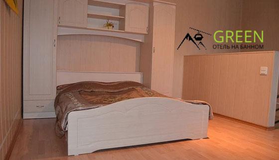 Проживание на курорте «Банное» в отеле Green: двухуровневый номер «Люкс» или VIP с кухонной зоной, мангальная зона, парковка, детская площадка. Скидка до 55%