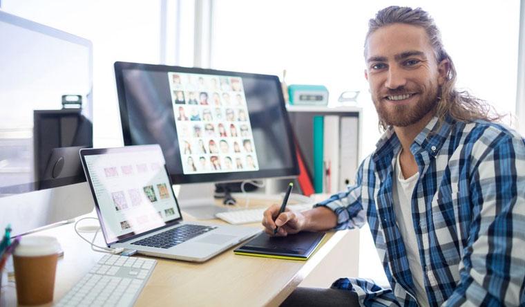 Дистанционные курсы графического дизайна в Adobe Photoshop или Corel Draw, создания сайтов с нуля и веб-дизайна от компании InTehnolodgi. Скидка 92%