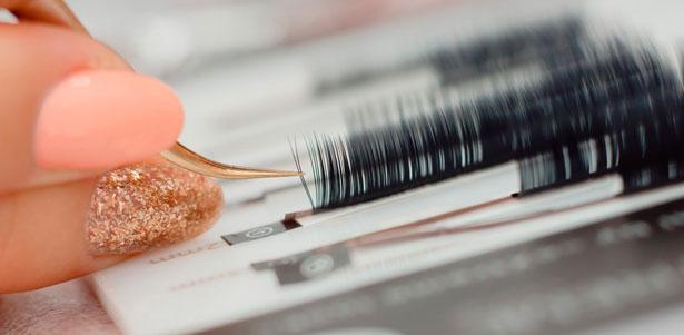Онлайн-курсы от школы красоты Beauty: макияж, уход за бровями, маникюр, наращивание ногтей и восковая эпиляция! Скидка до 80%