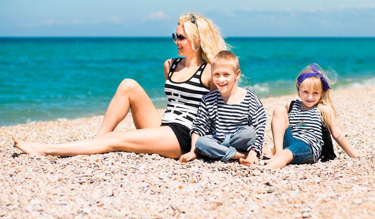 Проживание в мини-отеле «Замок плюс» на берегу Черного моря со скидкой 50%