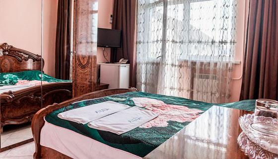 От 2 дней проживания с питанием, Wi-Fi и не только в отеле Paradise в Адлере. Скидка 30%