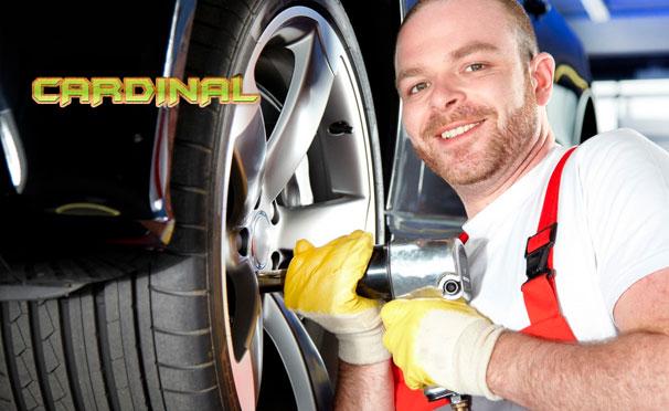 Шиномонтаж четырех колес с высококачественной балансировкой в автосервисе «Кардинал». Скидка 79%
