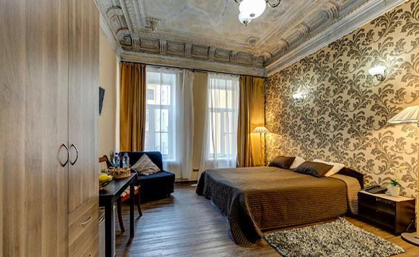 Проживание для двоих в отеле «Амбитус» в центре Санкт-Петербурга со скидкой 50%