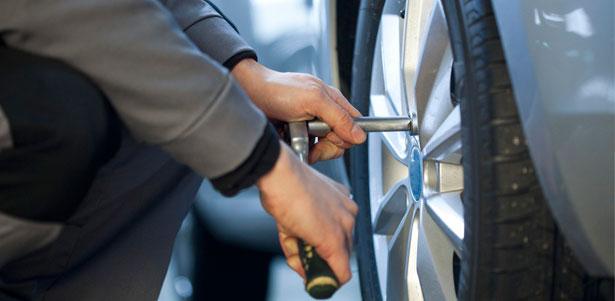 Скидка 50% на шиномонтаж и балансировку 4 колес от R13 до R17 в мастерской «Ремторгшина»