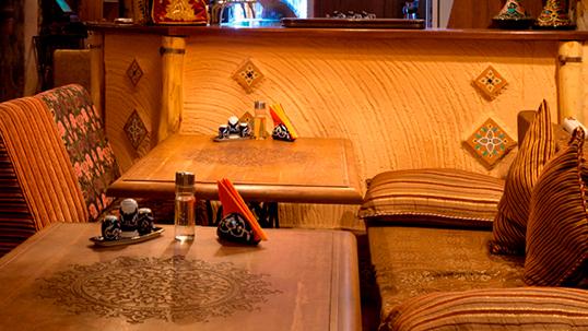 Идем в чайхону! Все меню и напитки в чайхане «Алайский Базар» со скидкой 40%, а также 30% на горячительные напитки!