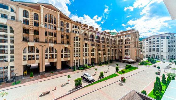 Проживание для компании до 3 человек в отеле «Горки Город» в Красной Поляне от турагентства «Ника Трэвел». Скидка 50%