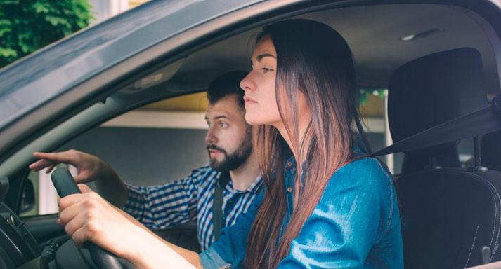 Курсы вождения для получения прав категории В в автошколе «Автомагистраль»: полный курс теории + практика! Скидка 97%
